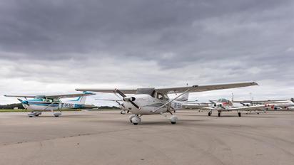 OK-ELR - Elmontex Air Cessna 172 Skyhawk (all models except RG)