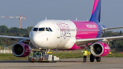 G-WUKE - Wizz Air UK Airbus A320