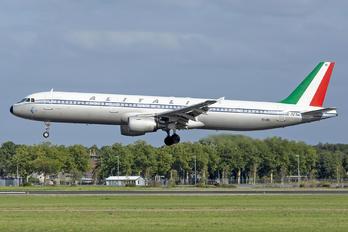EI-IXI - Alitalia Airbus A321