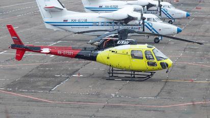 RA-07321 - UTair Eurocopter AS350 B2 Écureuil/Squirrel
