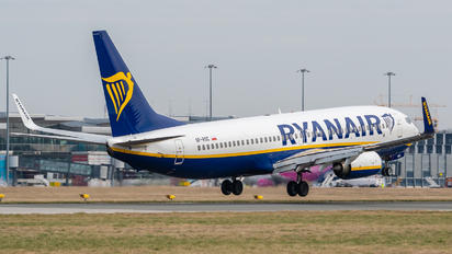 SP-RSC - Ryanair Sun Boeing 737-8AS