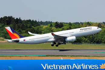 RP-C8782 - Philippines Airlines Airbus A330-300
