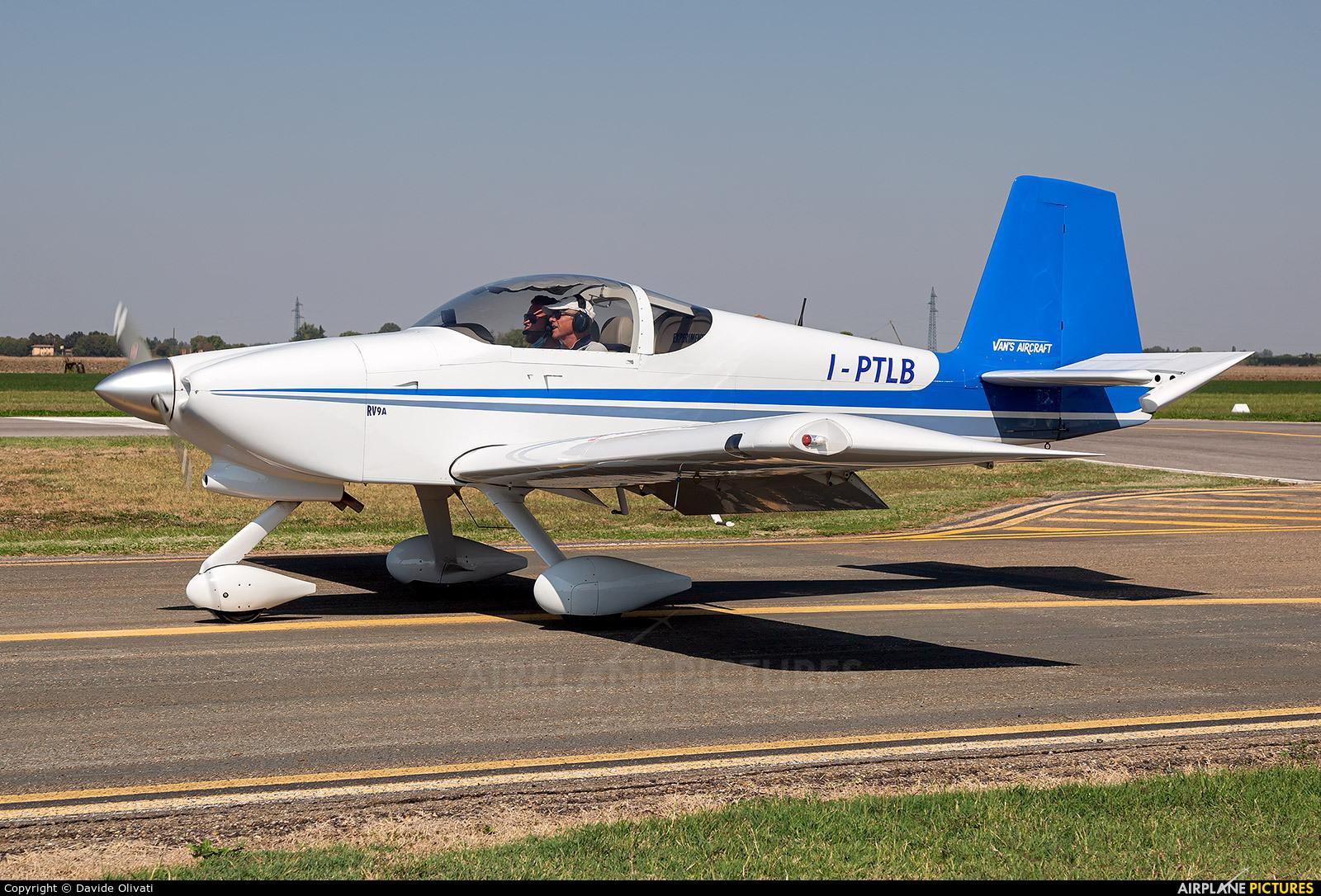 Private I-PTLB aircraft at Ozzano dell