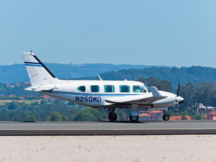 N250MD - Private Piper PA-31 Navajo (all models)
