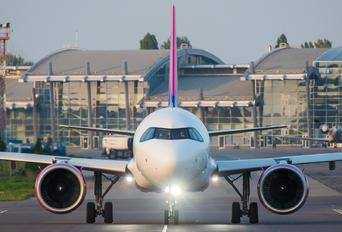 HA-LJA - Wizz Air Airbus A320 NEO