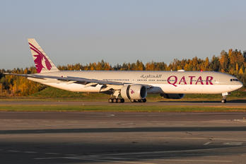 A7-BAY - Qatar Airways Boeing 777-300ER