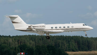 N527EF - Private Gulfstream Aerospace G-IV,  G-IV-SP, G-IV-X, G300, G350, G400, G450