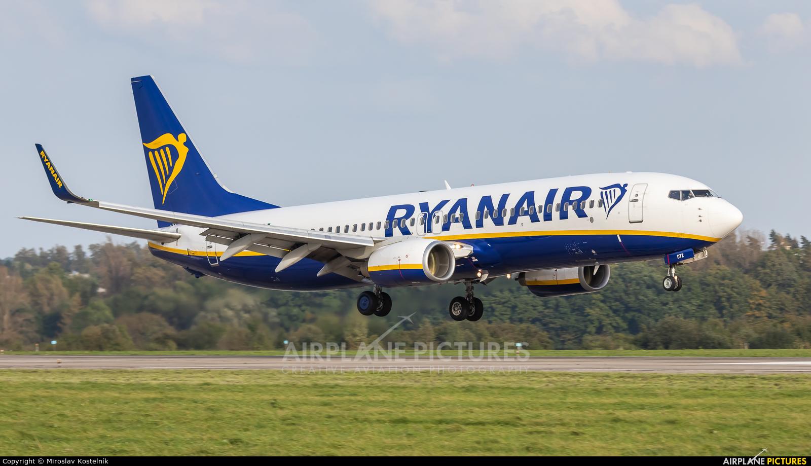 Ryanair EI-DYZ aircraft at Ostrava Mošnov