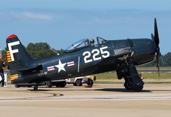 NX8TF - Private Grumman F8F Bearcat