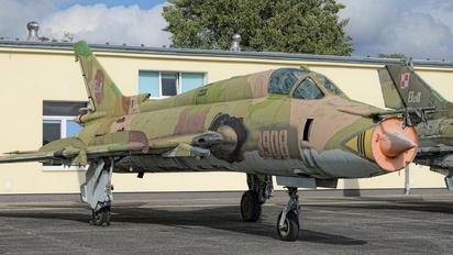 3908 - Poland - Air Force Sukhoi Su-22M-4