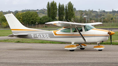 F-GXBE - Private Cessna 182 Skylane (all models except RG)