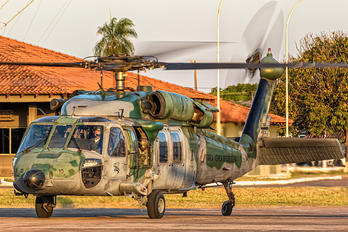 8910 - Brazil - Air Force Sikorsky H-60L Black hawk