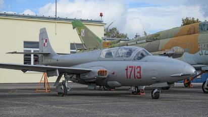 1713 - Poland - Air Force PZL TS-11 Iskra