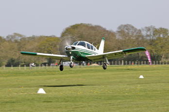 G-AWAZ - Private Piper PA-28R-200 Cherokee Arrow