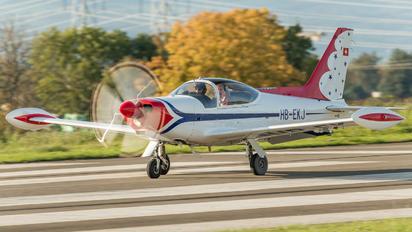 HB-EKJ - Private SIAI-Marchetti SF-260