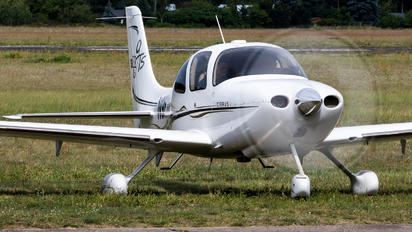 N982CD - Private Cirrus SR22