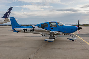 SP-ODA - Private Cirrus SR-22 -GTS