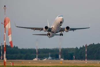 OM-GTG - Enter Air Boeing 737-800