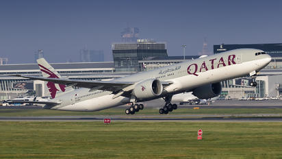 A7-BEO - Qatar Airways Boeing 777-300ER