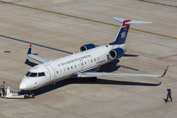 N889AS - US Airways Express Canadair CL-600 CRJ-200