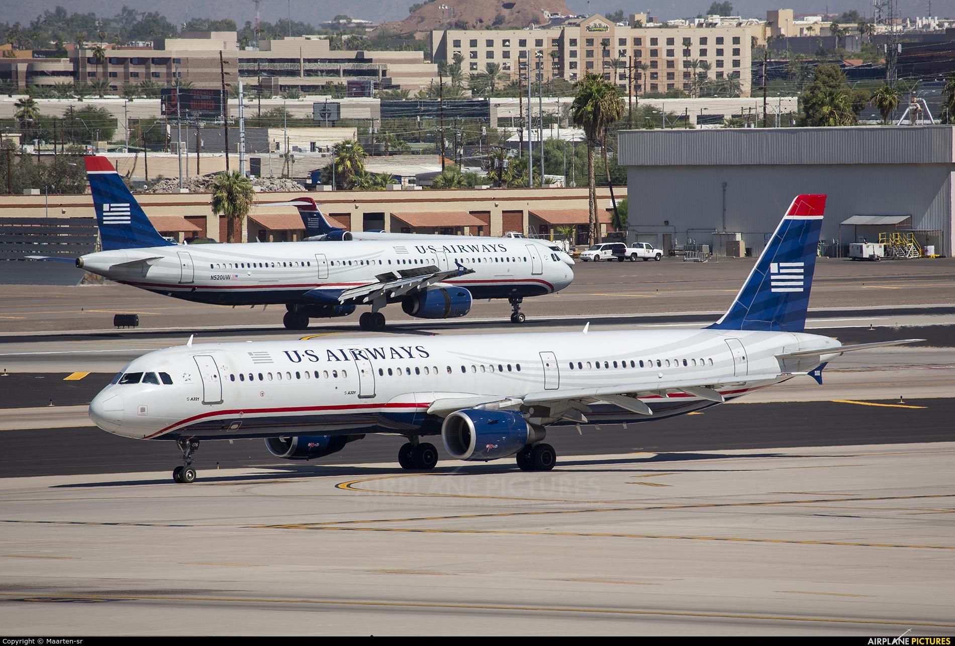US Airways N176UW aircraft at Phoenix - Sky Harbor Intl