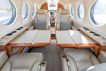 - - Private Beechcraft 250 King Air