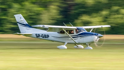 SP-GBP - Private Cessna 182T Skylane