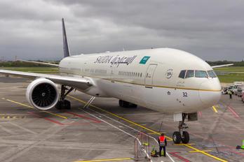 HZ-AK32 - Saudi Arabian Airlines Boeing 777-31H(ER)