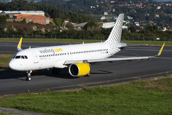 EC-NIY - Vueling Airlines Airbus A320 NEO