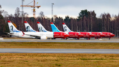 - - Norwegian Air Sweden - Airport Overview - Apron