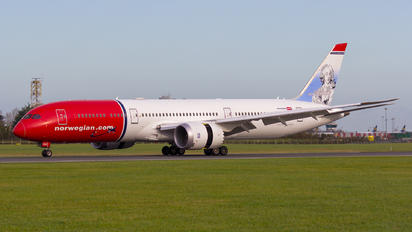 LN-LNX - Norwegian Long Haul Boeing 787-9 Dreamliner
