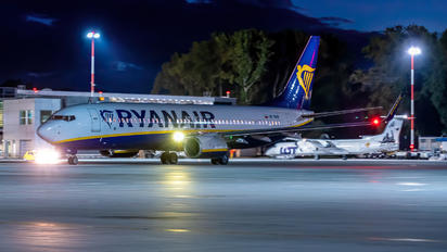 SP-RKM - Ryanair Sun Boeing 737-8AS