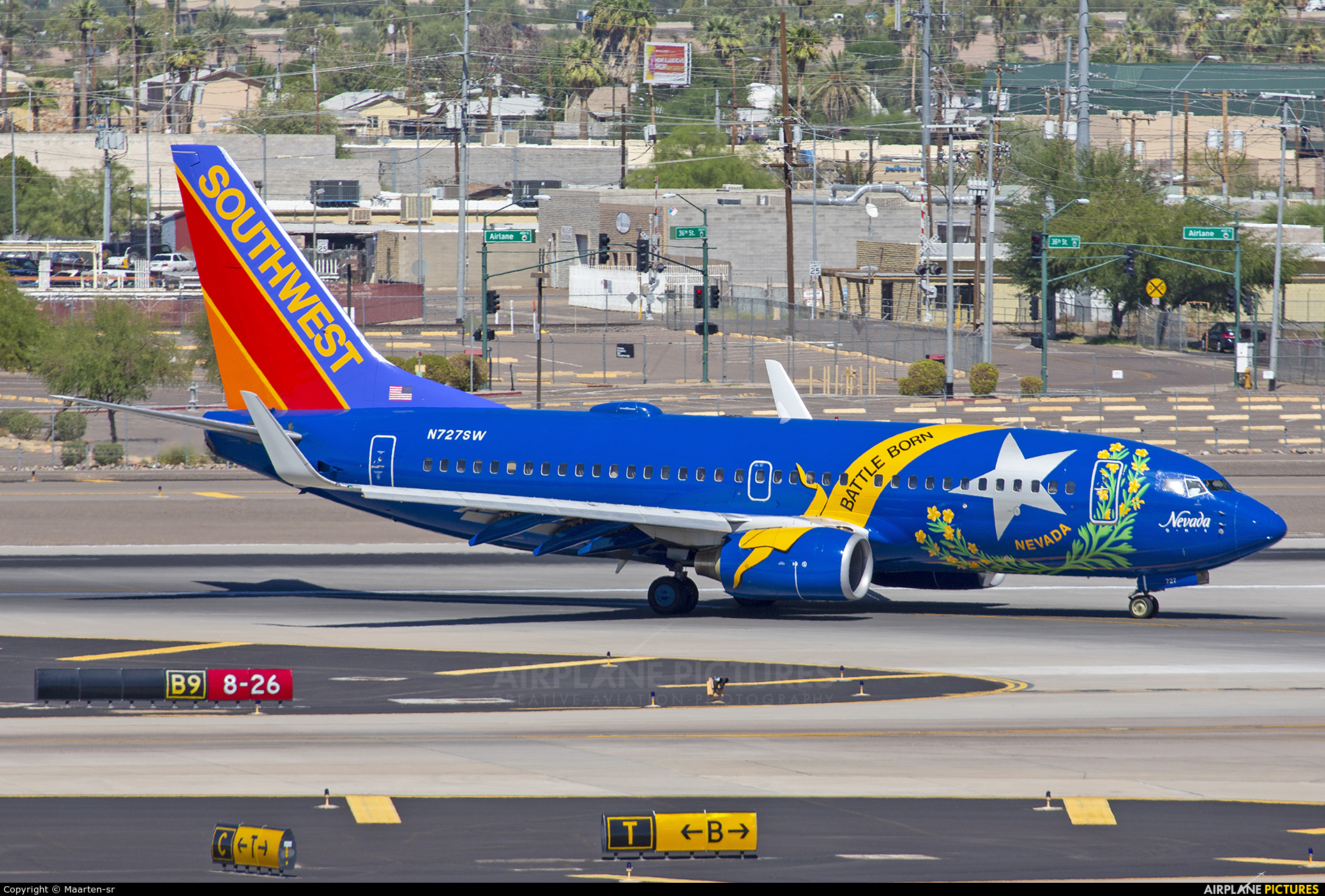 Southwest Airlines N727SW aircraft at Phoenix - Sky Harbor Intl