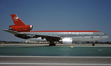 N145US - Northwest Airlines McDonnell Douglas DC-10-40