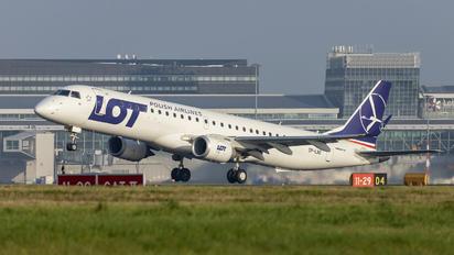 SP-LNE - LOT - Polish Airlines Embraer ERJ-195 (190-200)