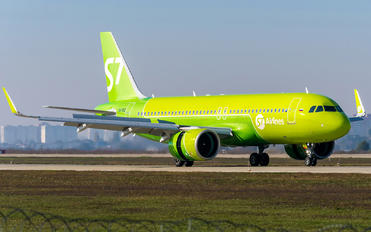 VQ-BSD - S7 Airlines Airbus A320 NEO