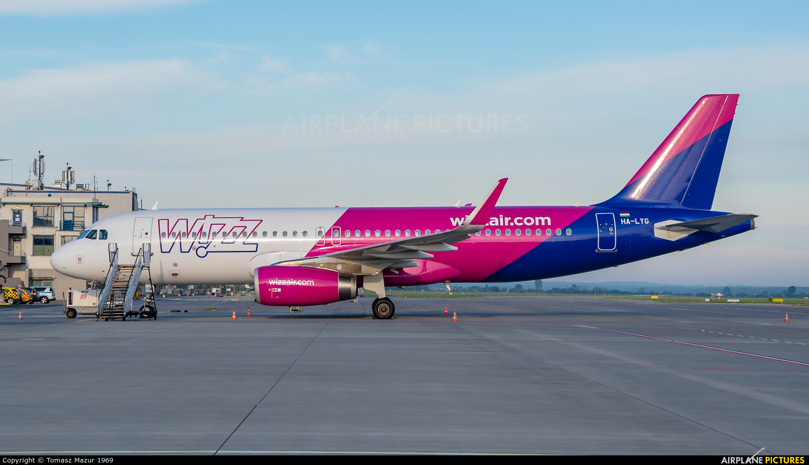 Wizz Air HA-LYG aircraft at Katowice - Pyrzowice