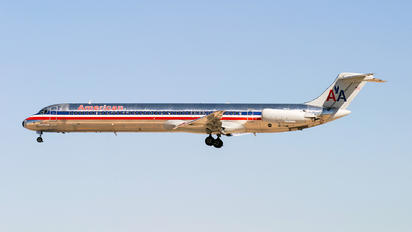 N510AM - American Airlines McDonnell Douglas MD-82