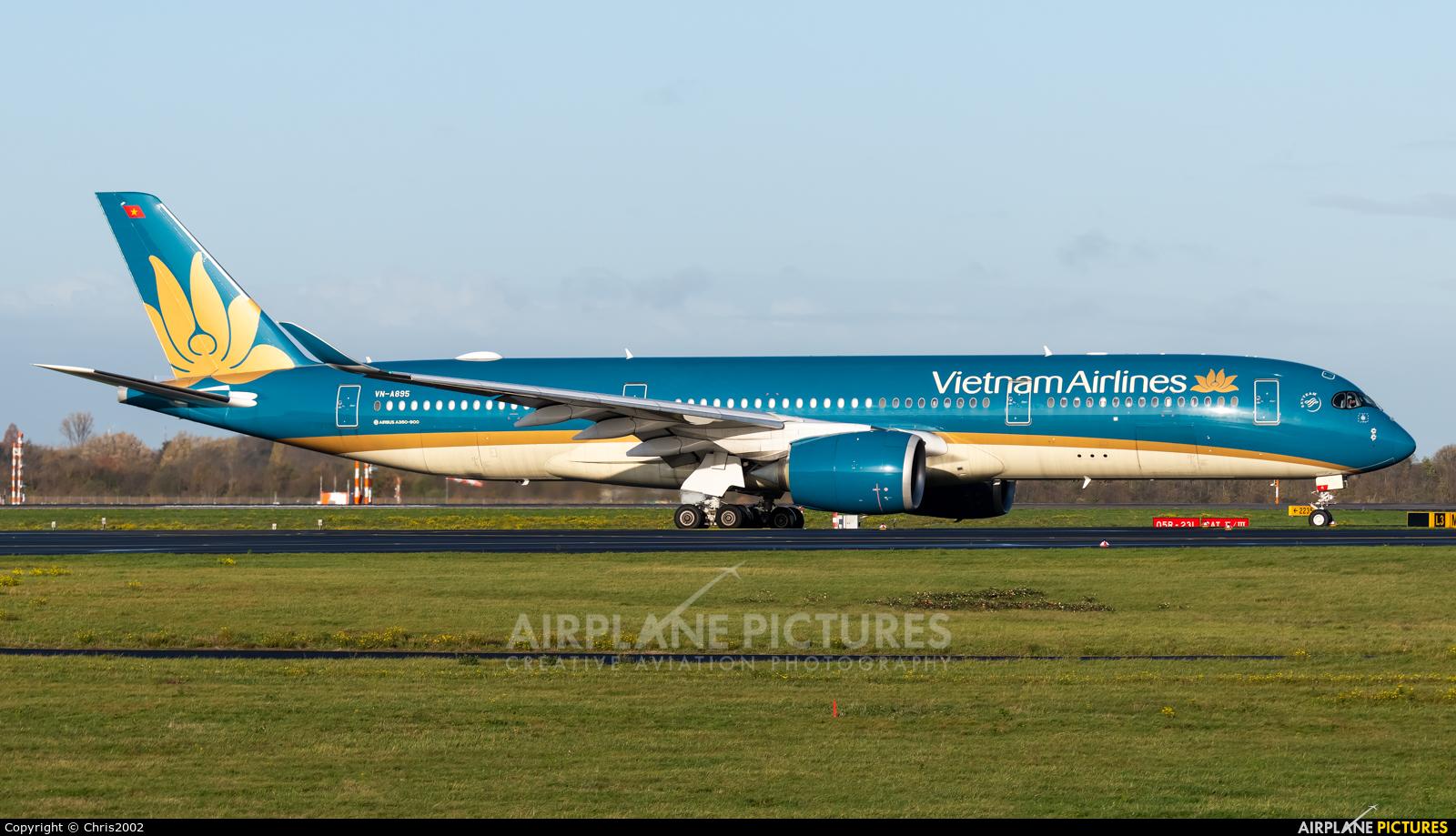 Vietnam Airlines VN-A896 aircraft at Düsseldorf