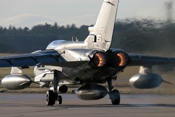 ZA449 - Royal Air Force Panavia Tornado GR.4 / 4A