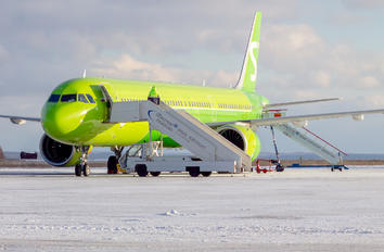VQ-BDU - S7 Airlines Airbus A321 NEO