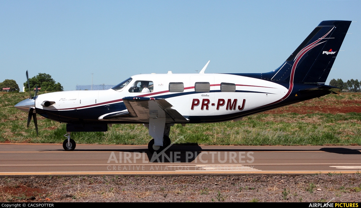 Private PR-PMJ aircraft at Municipal Airport Cascavel
