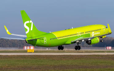 VP-BNG - Siberia Airlines Boeing 737-800