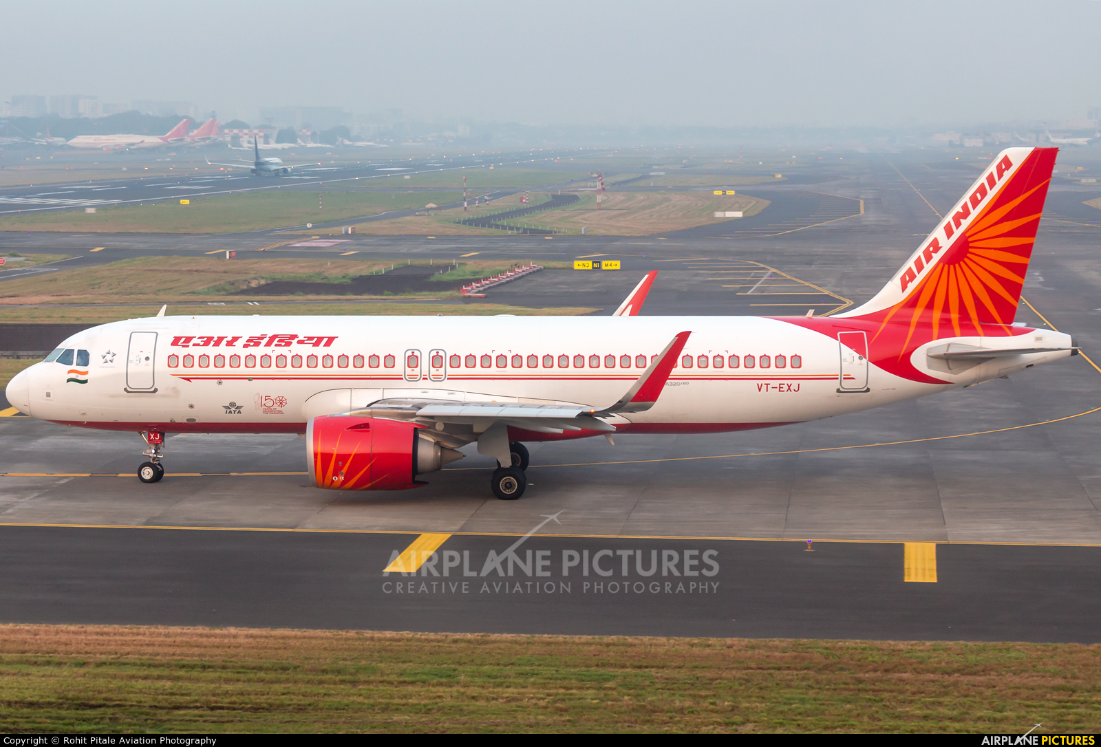 Air India VT-EXJ aircraft at Mumbai - Chhatrapati Shivaji Intl