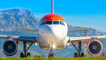 G-EZPY - easyJet Airbus A320 aircraft