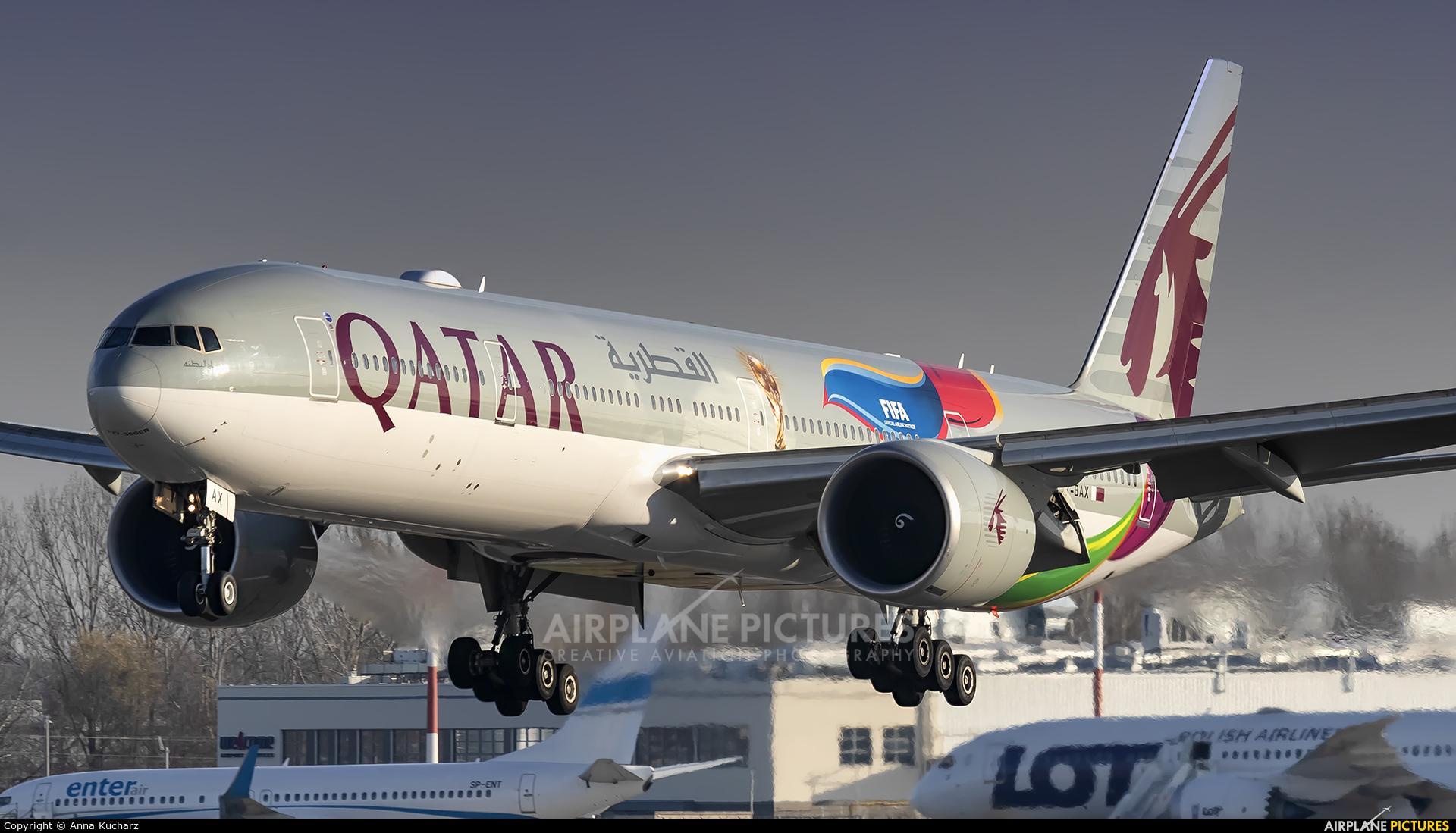Qatar Airways A7-BAX aircraft at Warsaw - Frederic Chopin