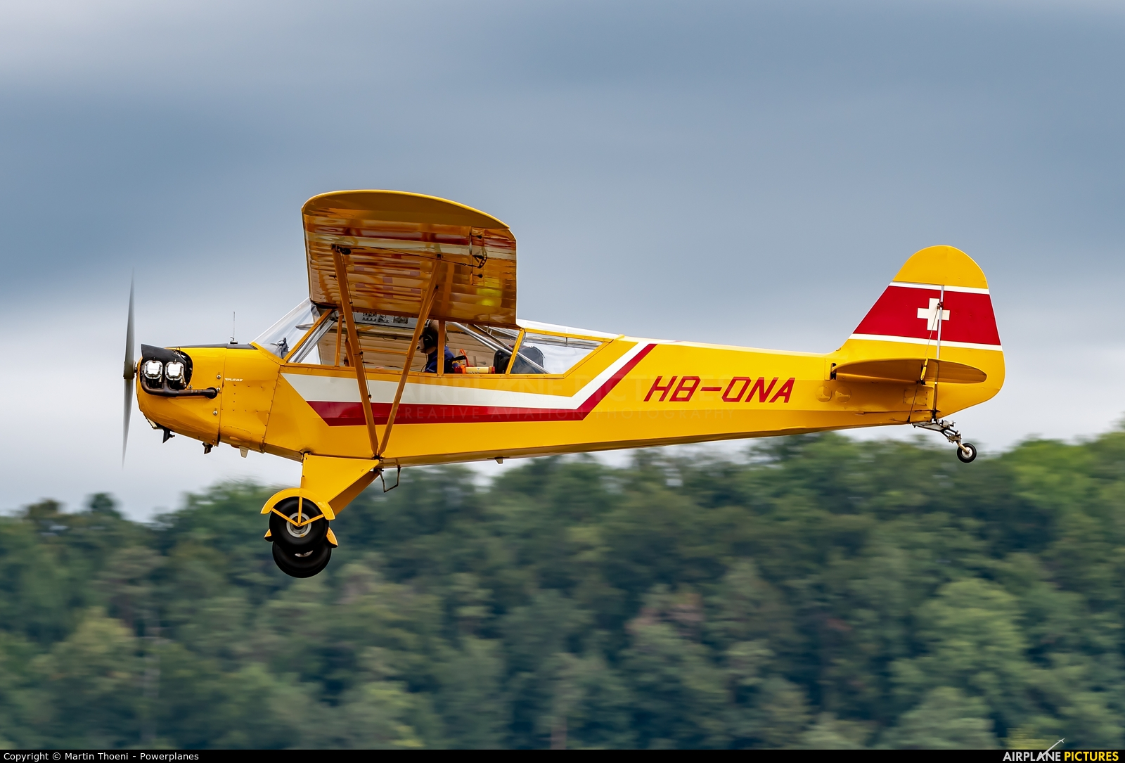 Private HB-ONA aircraft at Birrfeld