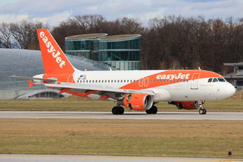 OE-LQX - easyJet Europe Airbus A319