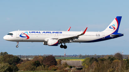 VP-BOQ - Ural Airlines Airbus A321 NEO