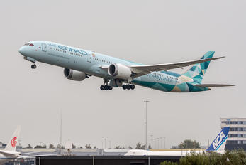 A6-BMH - Etihad Airways Boeing 787-10 Dreamliner